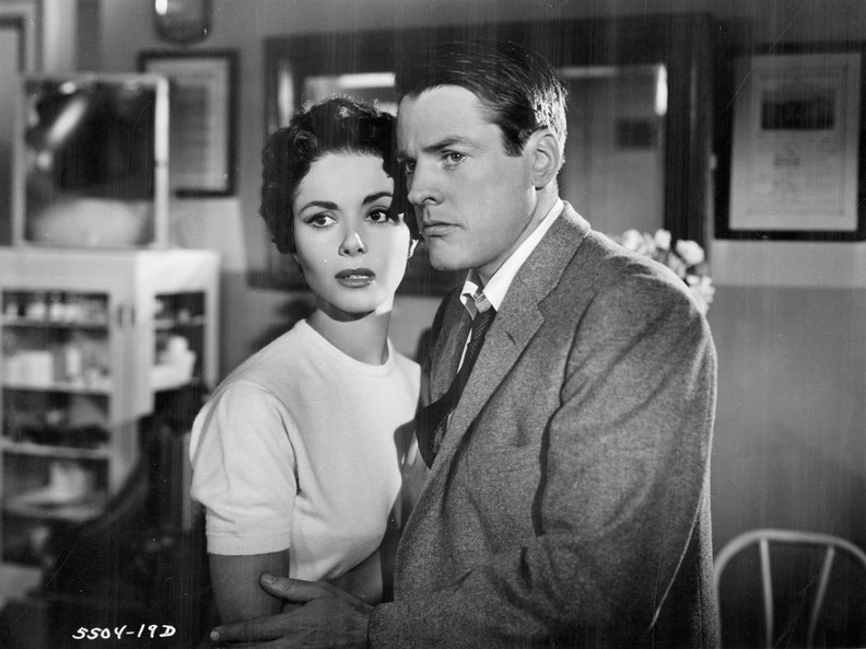Invasion of the Body Snatchers (1956) Miles & Becky